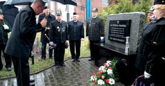 Uctění památky obětí důlního neštěstí v Dole ČSA.