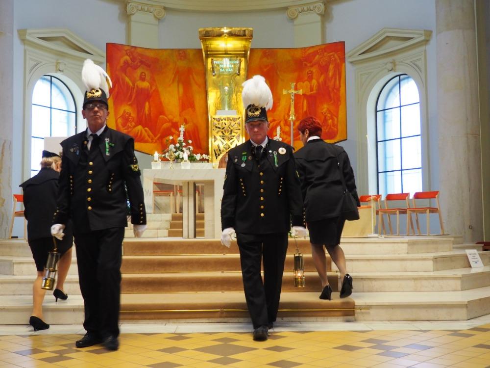 Svatá-mše-za-sv.-Prokopa-katedrála-Božského-Spasitele-Ostrava-2.-7.-202-356