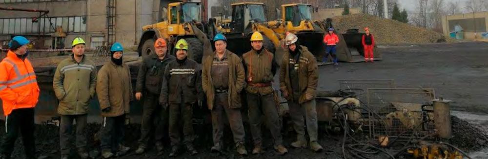 Zasypávání jámy Chlebovice  III/5: Kolové nakladače  jezdily nepřetržitě sedm dní
