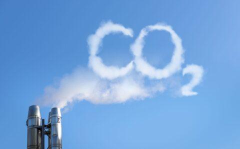 Odklon od fosilních paliv připraví státy o biliony